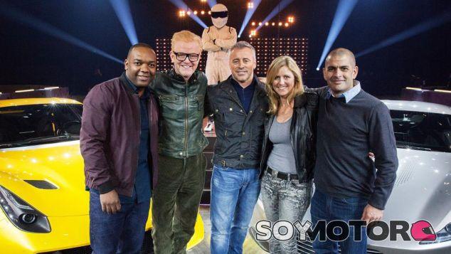 El equipo del actual Top Gear posa en un reciente espectáculo - SoyMotor