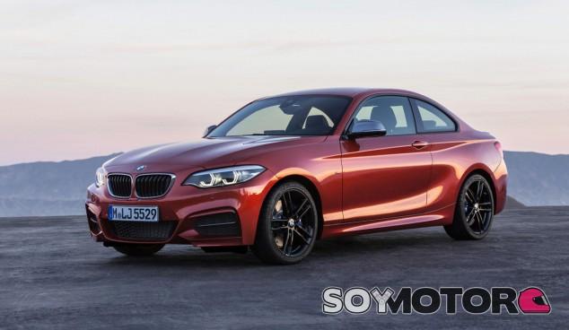 A simple vista es difícil apreciar los cambios estéticos del nuevo BMW Serie 2 Coupé - SoyMotor