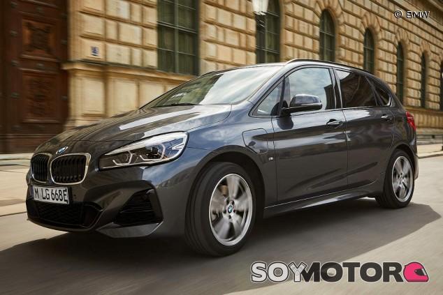 BMW 225xe Active Tourer: más capacidad para sus baterías - SoyMotor.com