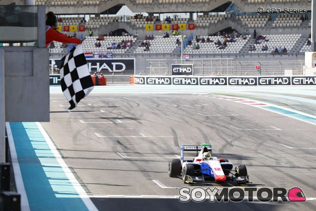 Boccolacci gana la última carrera de la GP3 2017 - SoyMotor