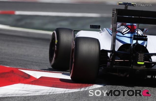 El FW37 de Williams patrocinado por Martini - LaF1.es