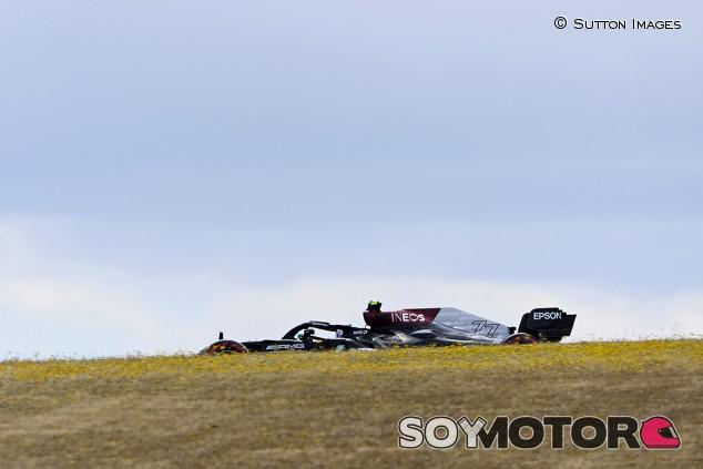 Bottas se 'reencuentra' y logra la Pole en Portugal; Sainz quinto - SoyMotor.com