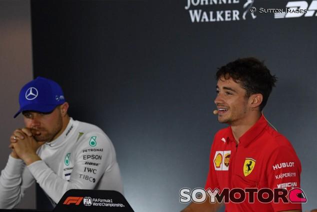 """Bottas, sobre Leclerc: """"Para ser tan joven, es un luchador duro"""" - SoyMotor.com"""
