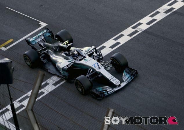 Bottas en la carrera de Brasil - SoyMotor.com