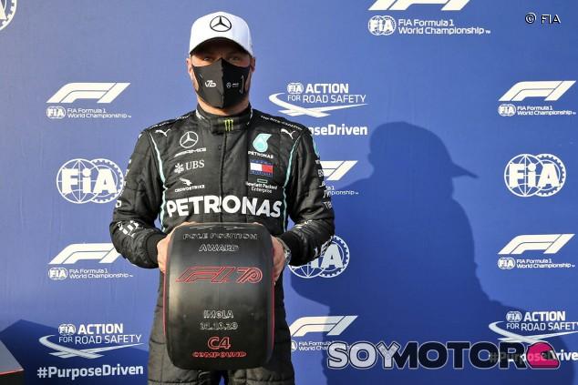 Bottas clava una vuelta mágica para lograr la Pole en Imola - SoyMotor.com