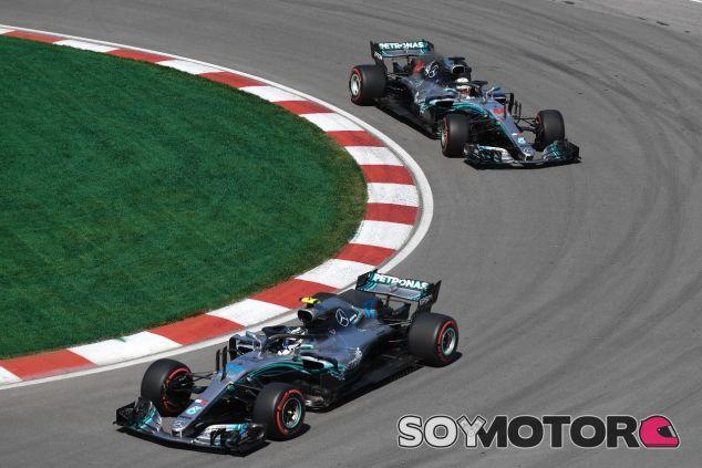 Valtteri Bottas por delante deLewis Hamilton – SoyMotor.com