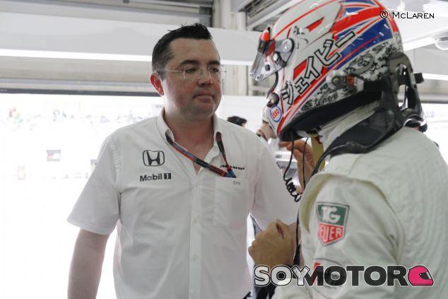 Eric Boullier con Jenson Button - LaF1