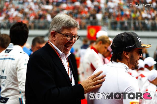 """Brawn disfruta con Alonso: """"Estamos viendo señales del viejo Fernando"""" - SoyMotor.com"""