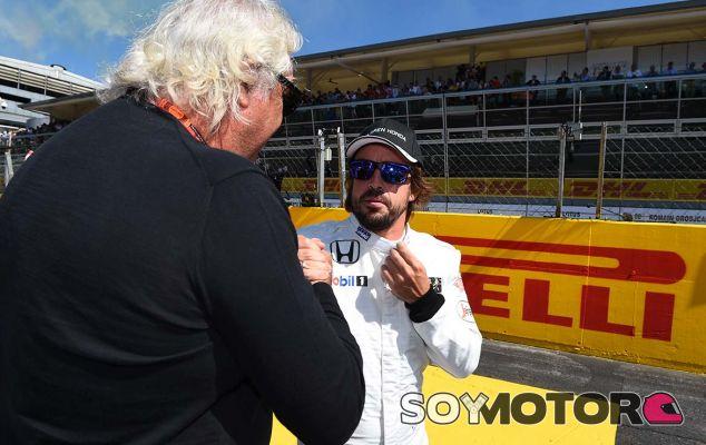 """Briatore, sobre Alonso: """"Debe ir a Mercedes o Ferrari"""" - SoyMotor.com"""