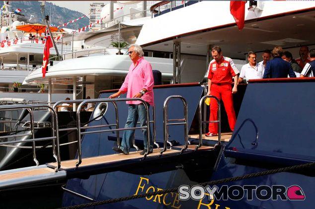 Flavio Briatore y Stefano Domenicalli en Mónaco - SoyMotor.com