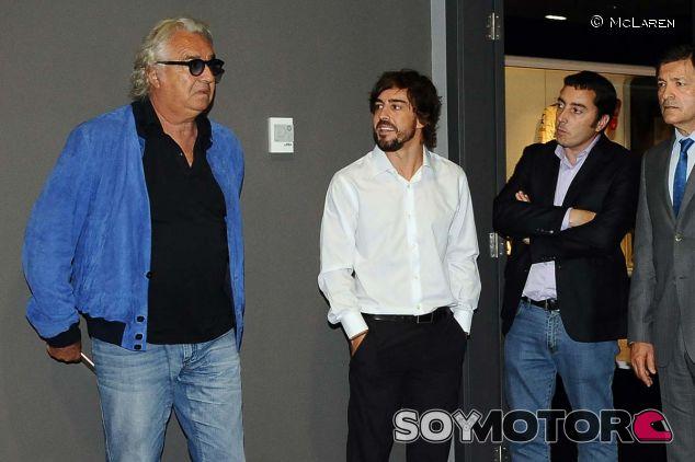 Flavio Briatore durante la inauguración del museo de Fernando Alonso - laF1