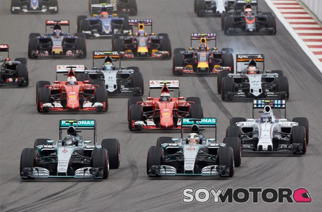 """Flavio Briatore: """"Los V6 Turbo han desestabilizado por completo la F1"""" - LaF1"""