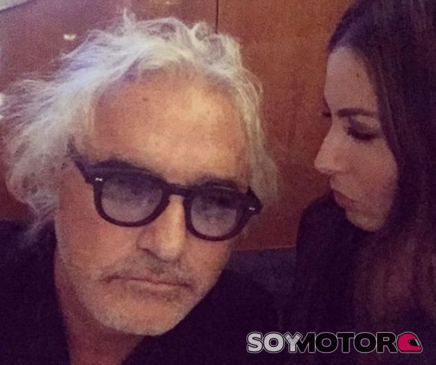 Éste es el nuevo rostro de Flavio Briatore - LaF1
