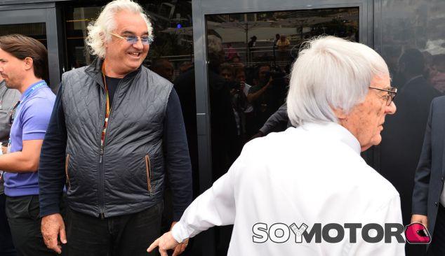 Ecclestone y Briatore planean una categoría paralela a la Fórmula 1 - SoyMotor.com