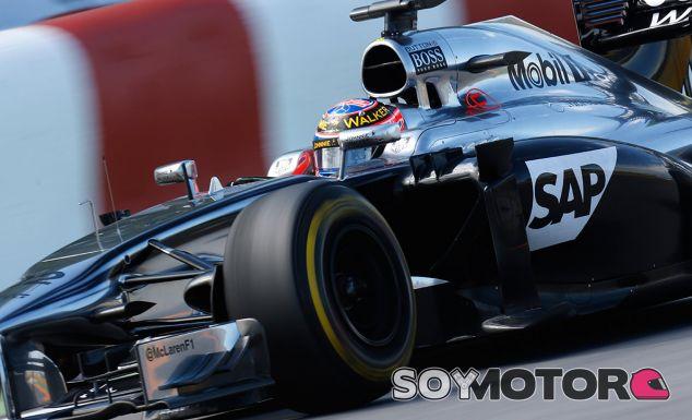 Jenson Button se puede perder el GP de Austria por picadura de avispa - LaF1.es