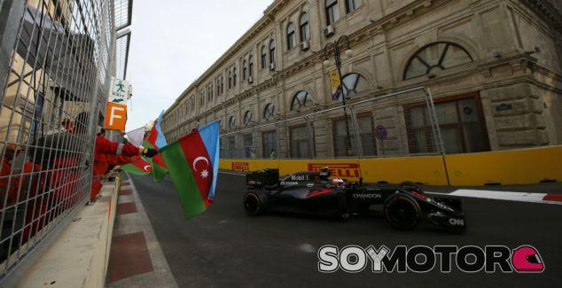Jenson Button en Bakú - LaF1