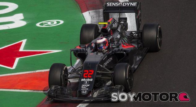 Button, durante un GP esta temporada - LaF1