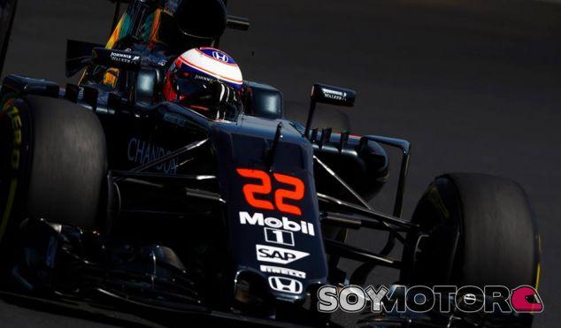 Jenson Button en Hungría - laF1