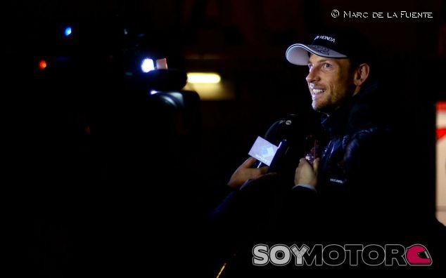 Jenson Button durante su rueda de prensa - LaF1