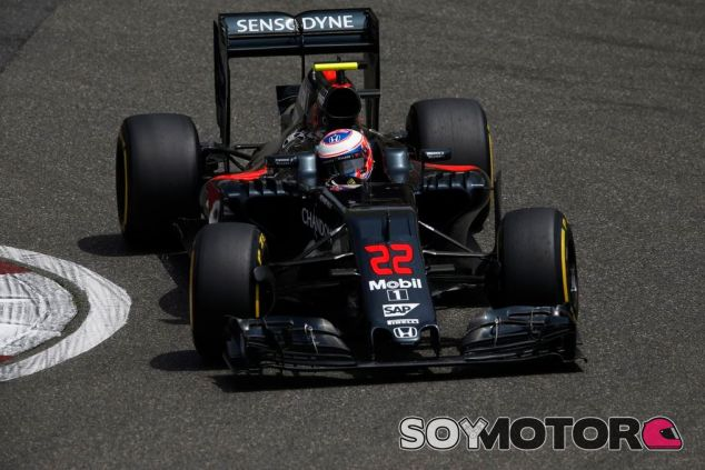 Jenson Button ha sido muy crítico con Pirelli - LaF1