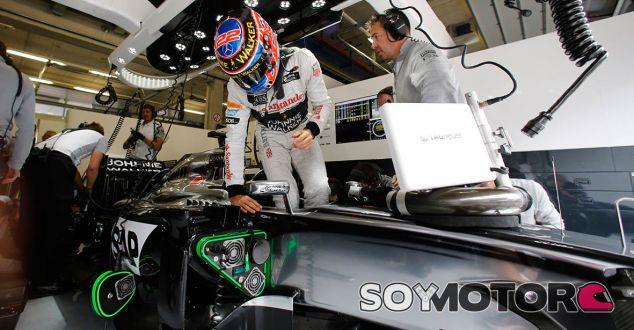 Button confiesa que McLaren sólo piensa en la temporada que viene - LaF1.es
