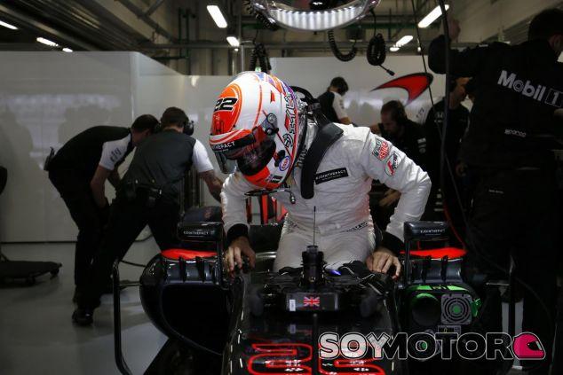 Button también exige un mejor rendimiento a McLaren Honda - LaF1