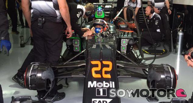 Jenson Button revela que aún no han buscado el rendimiento en el MP4-31 - LaF1