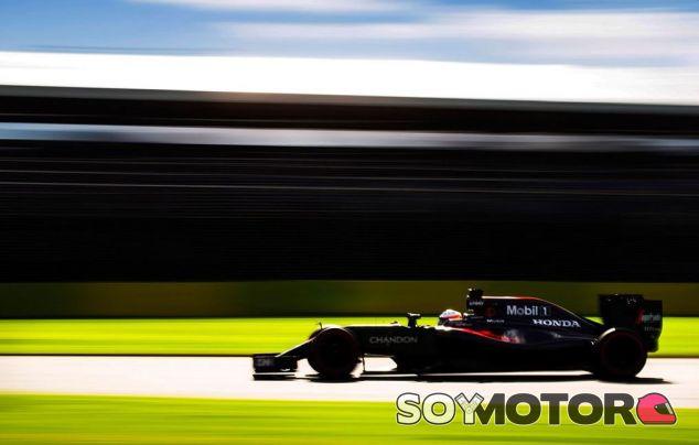 Jenson Button pide más velocidad a los Fórmula 1 - LaF1