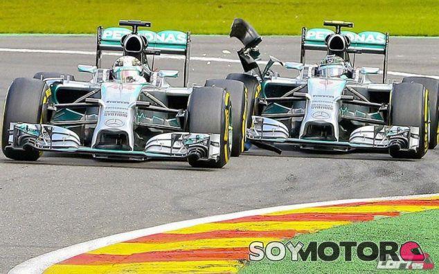 Toque entre Nico Rosberg y Lewis Hamilton en Bélgica - LaF1