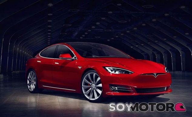 La calandra o las tomas de aire son elementos innecesarios para un eléctrico como el Tesla Model S - SoyMotor