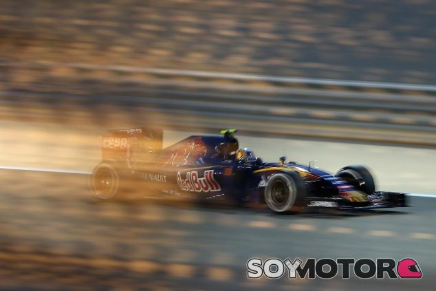 Carlos Sainz en la noche de Sakhir - LaF1