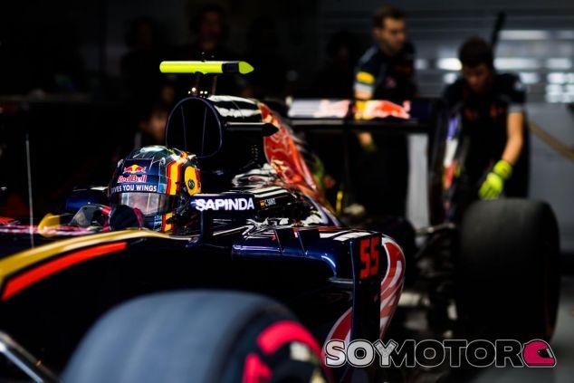 Carlos Sainz supera a su compañero en clasificación - LaF1