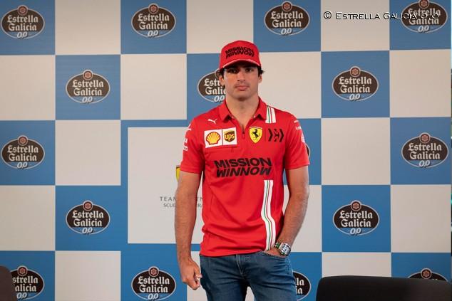 Carlos Sainz alucina con las críticas a Fernando Alonso del sábado - SoyMotor.com
