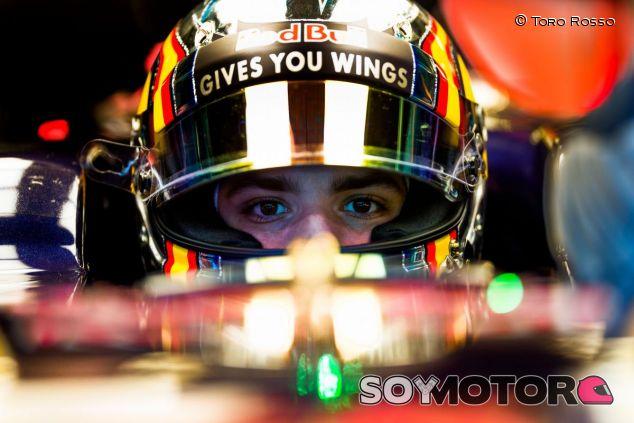 Carlos Sainz, orgulloso de llevar motor Ferrari - LaF1