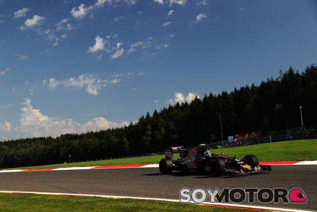 Carlos Sainz a los mandos del STR11 - LaF1