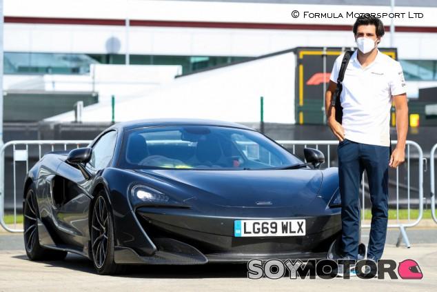 Los coches que los pilotos de F1 llevaron a Silverstone - SoyMotor.com