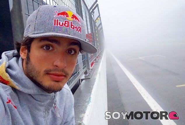 Carlos Sainz Jr se olvida de correr en el Gran Premio de Italia