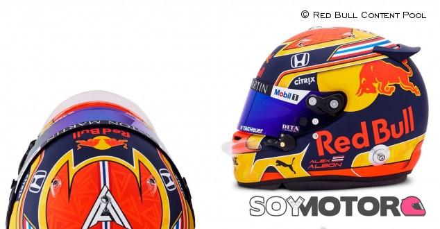 Albon desvela su casco para 2020 - SoyMotor.com