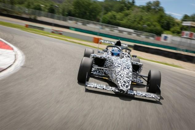 El nuevo coche de F4, retrasado hasta noviembre de 2021 - SoyMotor.com