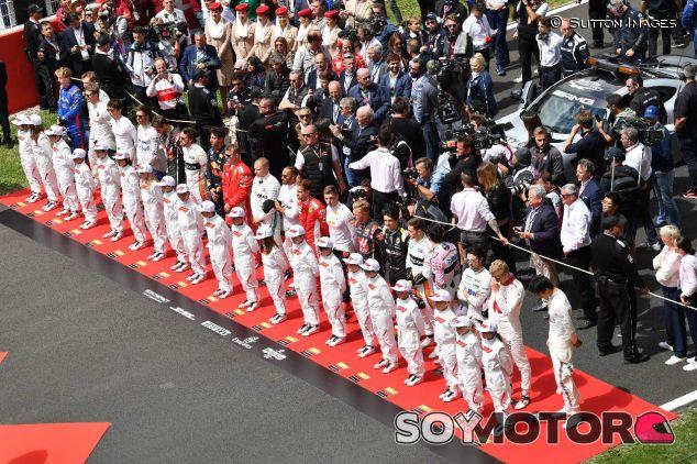 Ceremonia de los himnos en el GP de España de 2018 – SoyMotor.com