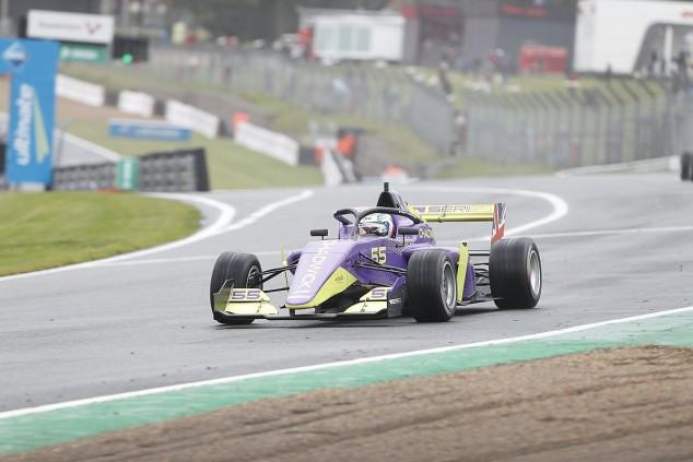 Chadwick, a un paso del título: Pole en Brands Hatch - SoyMotor.com