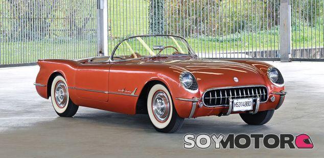 Chevrolet Corvette C1 de 1955 - SoyMotor.com