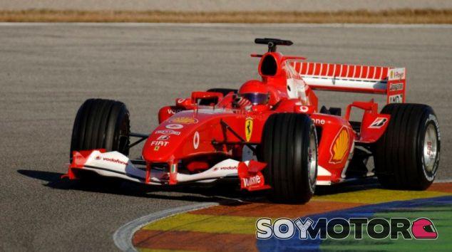 11 años del día en el que Valentino Rossi probó el Ferrari en Valencia - SoyMotor.com