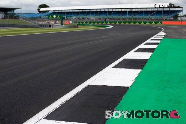 Silverstone niega que correr al revés fuera una opción - SoyMotor.com