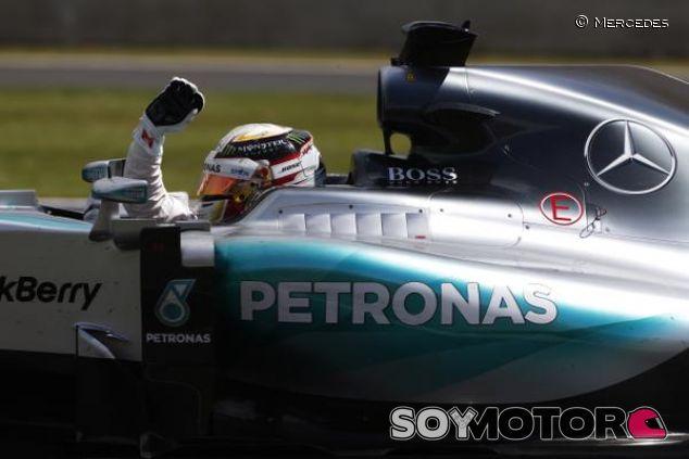 Victoria de Lewis Hamilton en SIlverstone - LaF1.es