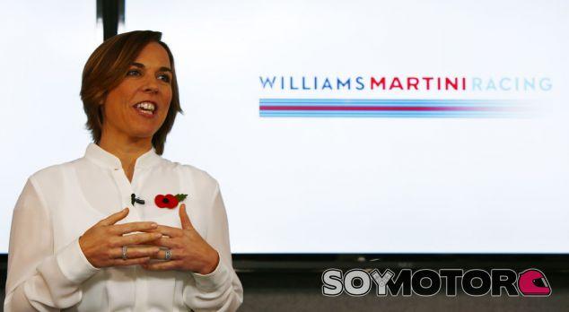 Claire Williams durante el acto de presentación de pilotos para 2017 - LaF1