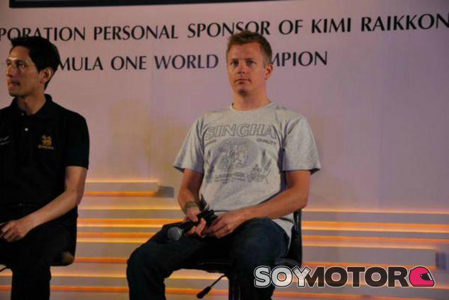 Räikkönen, en el acto con Singha Corporation - LaF1
