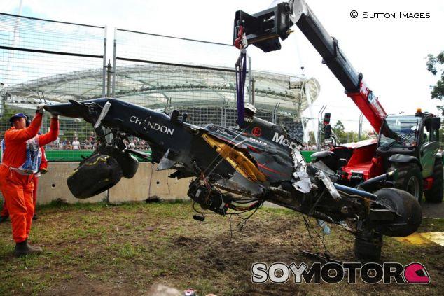 McLaren consigue salvar el motor y la caja de cambios del MP4-31 - LaF1