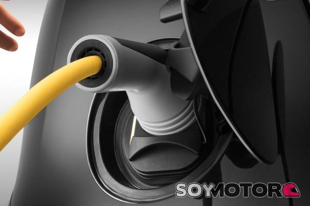 Vehículos eléctricos: consumen el equivalente a 58 gramos de CO2 por kilómetro - SoyMotor.com