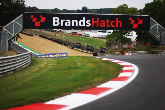 Fallece un comisario en Brands Hatch - SoyMotor.com